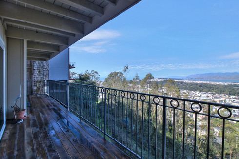Condo with Amazing Views and a Short Walk to UCSF