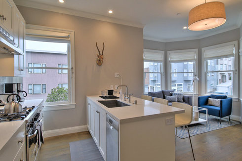 Contemporary 2BR in Trendy North Beach