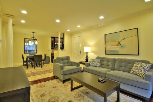 Upscale 2BR in Fruitdale Neighborhood, San Jose