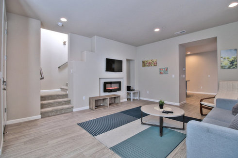 Brand New 4BR in East Palo Alto at Montage Circle
