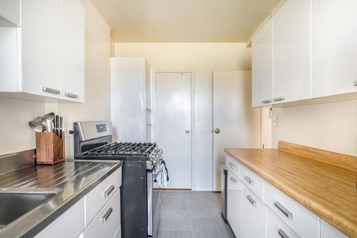 image 6 furnished 1 bedroom Apartment for rent in Parkmerced, San Francisco