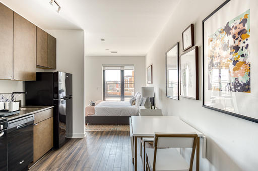image 2 furnished Studio bedroom Apartment for rent in Bloomingdale, DC Metro