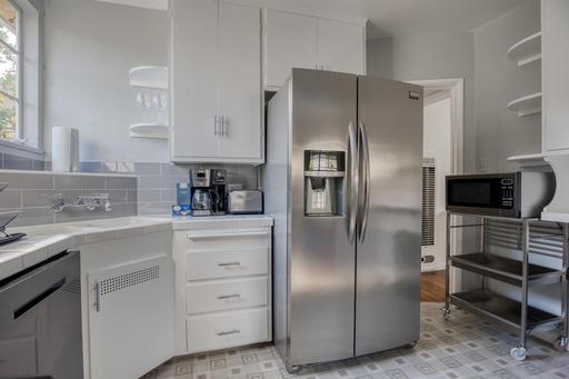 image 3 furnished 2 bedroom House for rent in Santa Monica, West Los Angeles