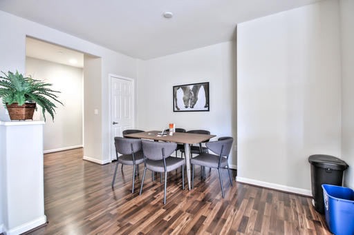 image 3 furnished 3 bedroom Apartment for rent in San Bruno, San Mateo (Peninsula)