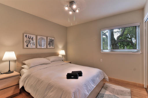 image 10 furnished 2 bedroom Apartment for rent in Palo Alto, San Mateo (Peninsula)
