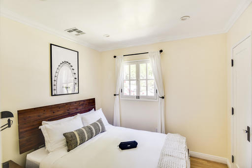 image 7 furnished 2 bedroom Apartment for rent in Santa Monica, West Los Angeles