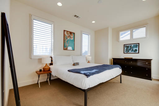 image 10 furnished 3 bedroom Apartment for rent in Menlo Park, San Mateo (Peninsula)