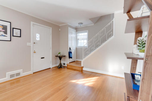 image 3 furnished 3 bedroom House for rent in Georgetown, DC Metro