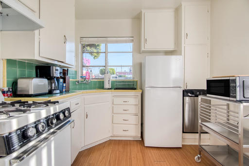 image 5 furnished Studio bedroom Apartment for rent in Culver City, West Los Angeles