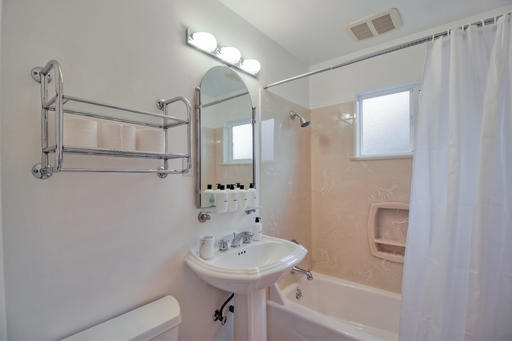 image 9 furnished 3 bedroom House for rent in Redwood City, San Mateo (Peninsula)