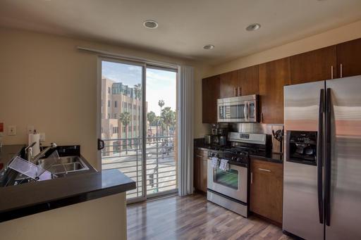 image 7 furnished Studio bedroom Apartment for rent in Pasadena, San Gabriel Valley