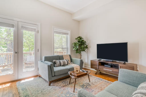 image 2 furnished 3 bedroom House for rent in Capitol Hill, DC Metro