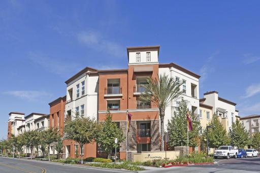 $3390 1 Almaden San Jose, Santa Clara Valley