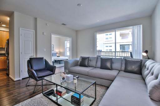 image 2 furnished 3 bedroom Apartment for rent in San Bruno, San Mateo (Peninsula)