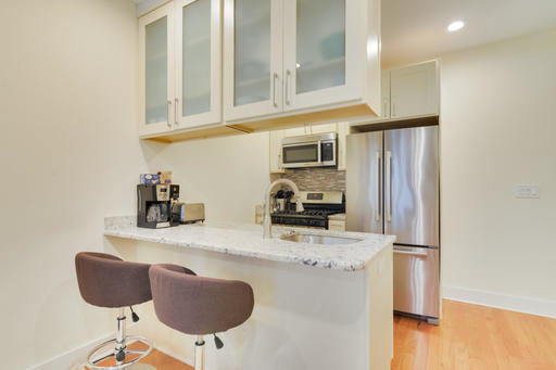 image 4 furnished 3 bedroom Apartment for rent in Capitol Hill, DC Metro