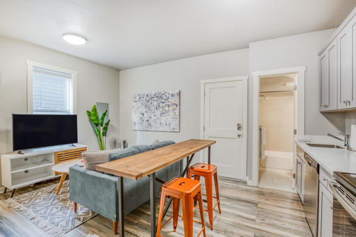 image 4 furnished 2 bedroom Apartment for rent in Capitol Hill, Seattle Area