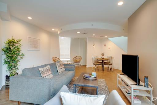 image 1 furnished 2 bedroom Apartment for rent in Marina del Rey, West Los Angeles