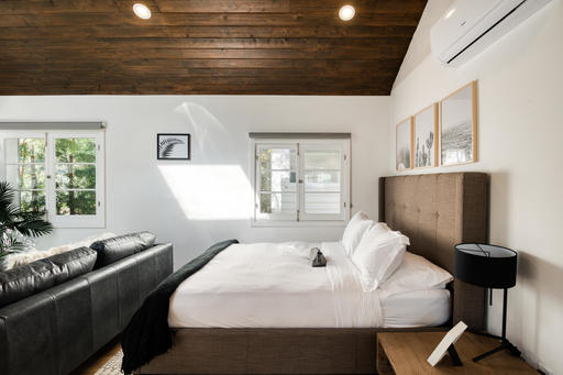 image 6 furnished Studio bedroom Apartment for rent in Venice, West Los Angeles