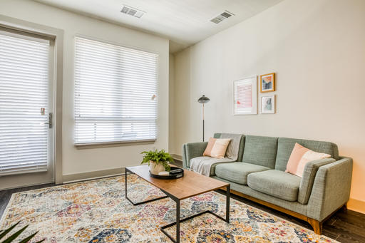 image 2 furnished 1 bedroom Apartment for rent in Oakland Downtown, Alameda County