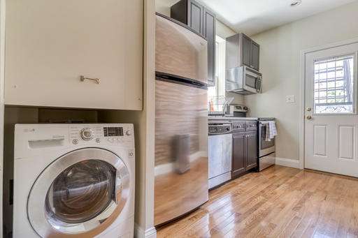 image 8 furnished 1 bedroom Apartment for rent in Bloomingdale, DC Metro