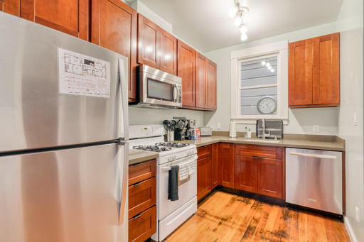 image 3 furnished 3 bedroom Apartment for rent in North Beach, San Francisco