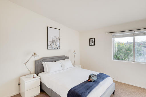 image 7 furnished 3 bedroom Apartment for rent in Santa Monica, West Los Angeles