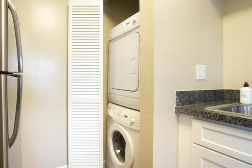 image 2 furnished 2 bedroom Apartment for rent in Mountain View, San Mateo (Peninsula)
