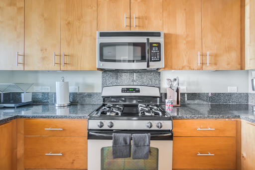 image 7 furnished 2 bedroom Apartment for rent in Emeryville, Alameda County