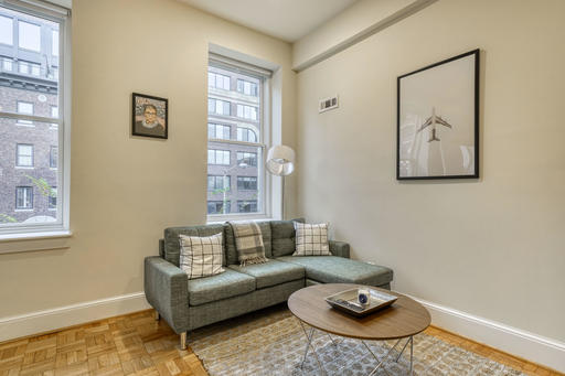image 2 furnished 3 bedroom Apartment for rent in Dupont Circle, DC Metro