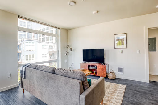 image 3 furnished 2 bedroom Apartment for rent in Bellevue, Seattle Area