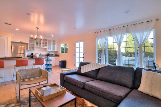 $5280 2 Santa Monica West Los Angeles, Los Angeles