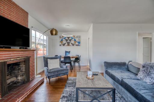 image 2 furnished 2 bedroom House for rent in Santa Monica, West Los Angeles