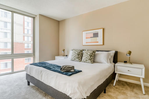 image 8 furnished 1 bedroom Apartment for rent in Alexandria, DC Metro