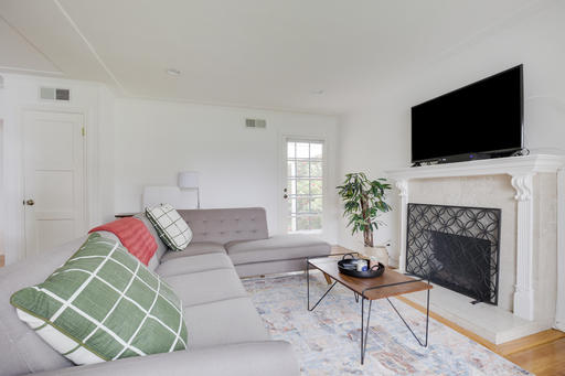 image 2 furnished 3 bedroom House for rent in Palo Alto, San Mateo (Peninsula)