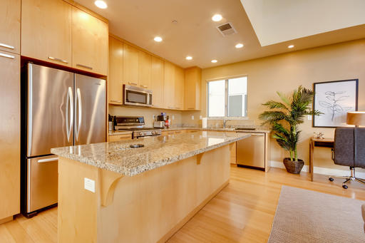 image 5 furnished 3 bedroom Apartment for rent in Menlo Park, San Mateo (Peninsula)
