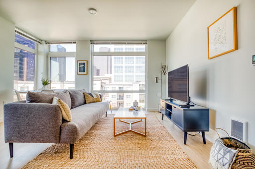 image 2 furnished 2 bedroom Apartment for rent in Bellevue, Seattle Area