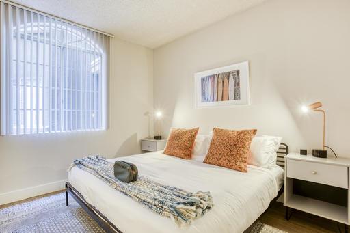 image 8 furnished 1 bedroom Apartment for rent in Park La Brea, Metro Los Angeles