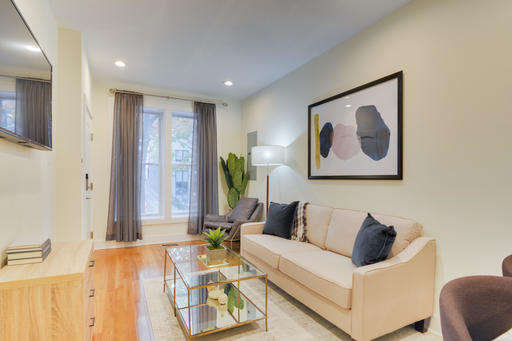 image 2 furnished 3 bedroom Apartment for rent in Capitol Hill, DC Metro