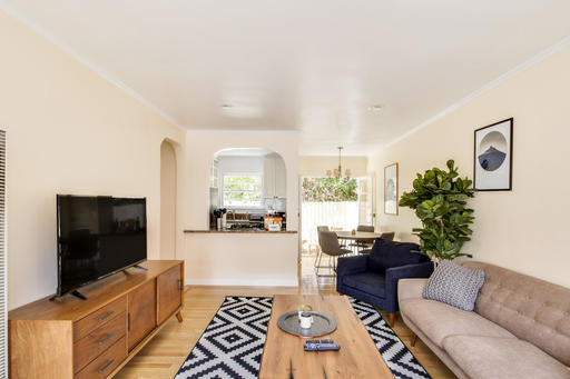 $4440 2 Santa Monica West Los Angeles, Los Angeles