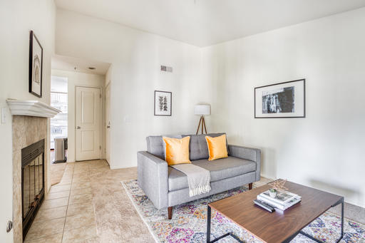 image 2 furnished 1 bedroom Apartment for rent in Pleasanton, Alameda County