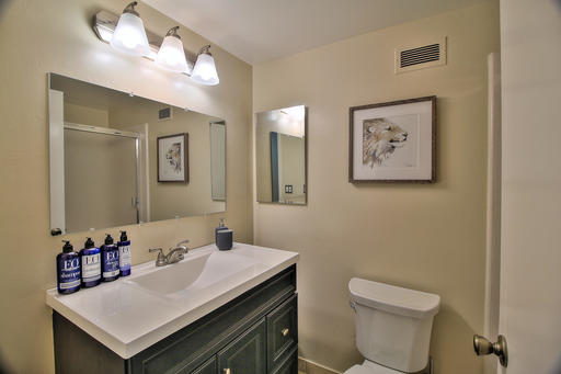 image 7 furnished 3 bedroom Apartment for rent in Menlo Park, San Mateo (Peninsula)