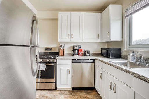 image 7 furnished 3 bedroom Apartment for rent in Parkmerced, San Francisco