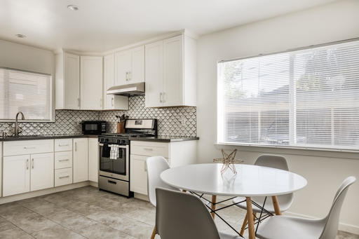 image 5 furnished 2 bedroom Apartment for rent in Burlingame, San Mateo (Peninsula)