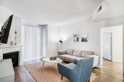 image 3 furnished 2 bedroom Apartment for rent in Park La Brea, Metro Los Angeles