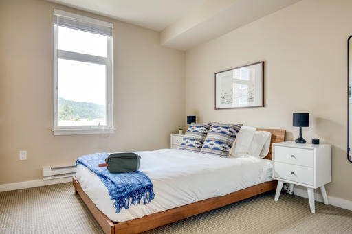 image 8 furnished 1 bedroom Apartment for rent in Issaquah, Seattle Area