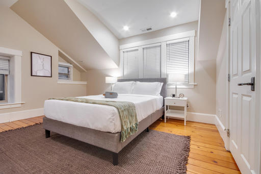 image 3 furnished 2 bedroom House for rent in Pacific Heights, San Francisco
