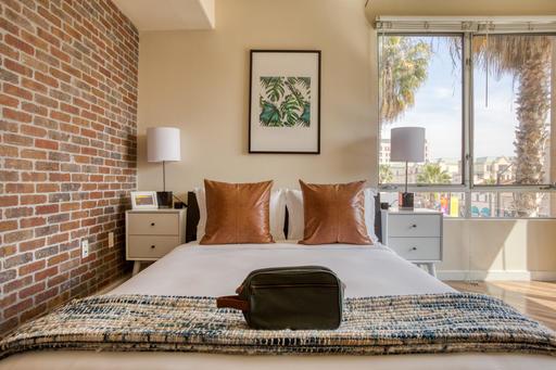 image 6 furnished Studio bedroom Apartment for rent in Pasadena, San Gabriel Valley