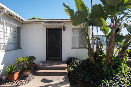 image 8 furnished Studio bedroom Apartment for rent in Culver City, West Los Angeles