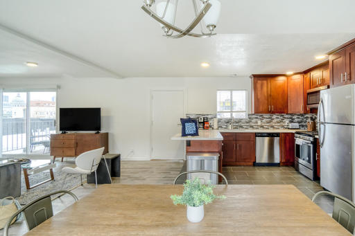 image 4 furnished 2 bedroom Apartment for rent in Lower Nob Hill, San Francisco