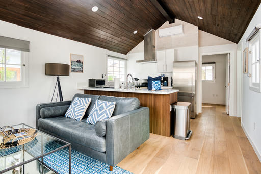$5940 1 Venice West Los Angeles, Los Angeles